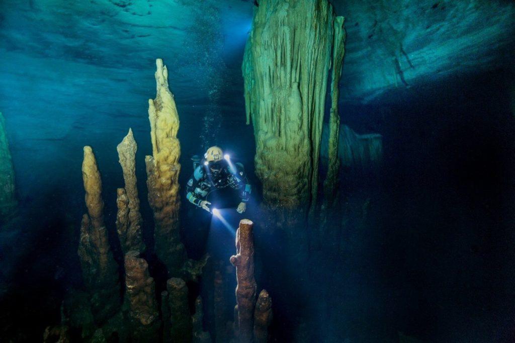 full cave
